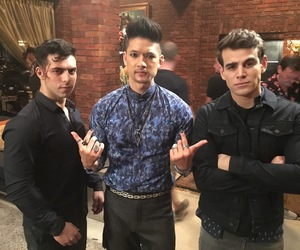 shadowhunters, alberto rosende, and magnus bane image