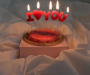 aesthetic, red, and cake image