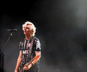 r5, ross lynch, and corinthians image