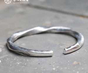 fashion jewelry, silver jewelry, and stainless steel jewelry image