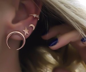 earrings and sylar moon image