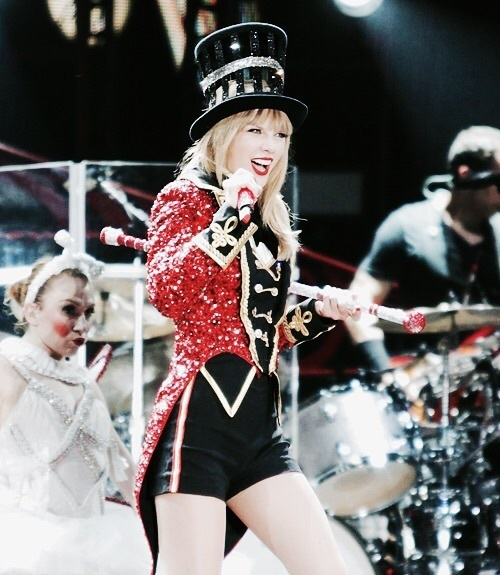 Taylor Swift, red, and taylor image