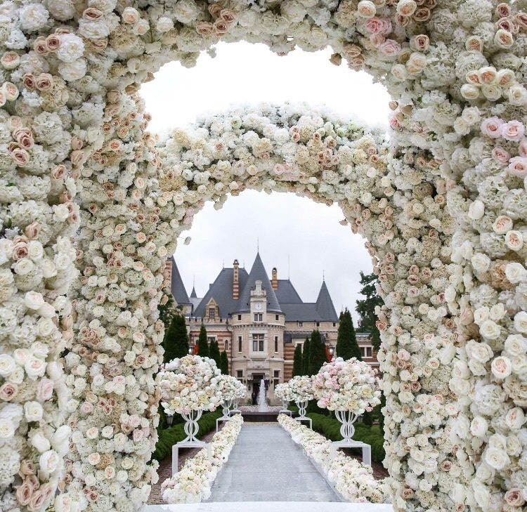flowers, wedding, and castle image