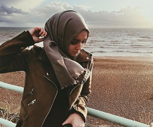 hijab, beautiful, and muslim image