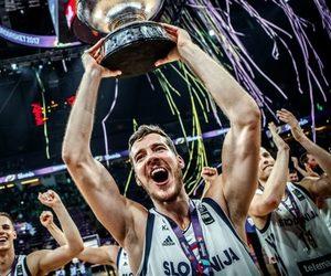 Basketball, medal, and winner image