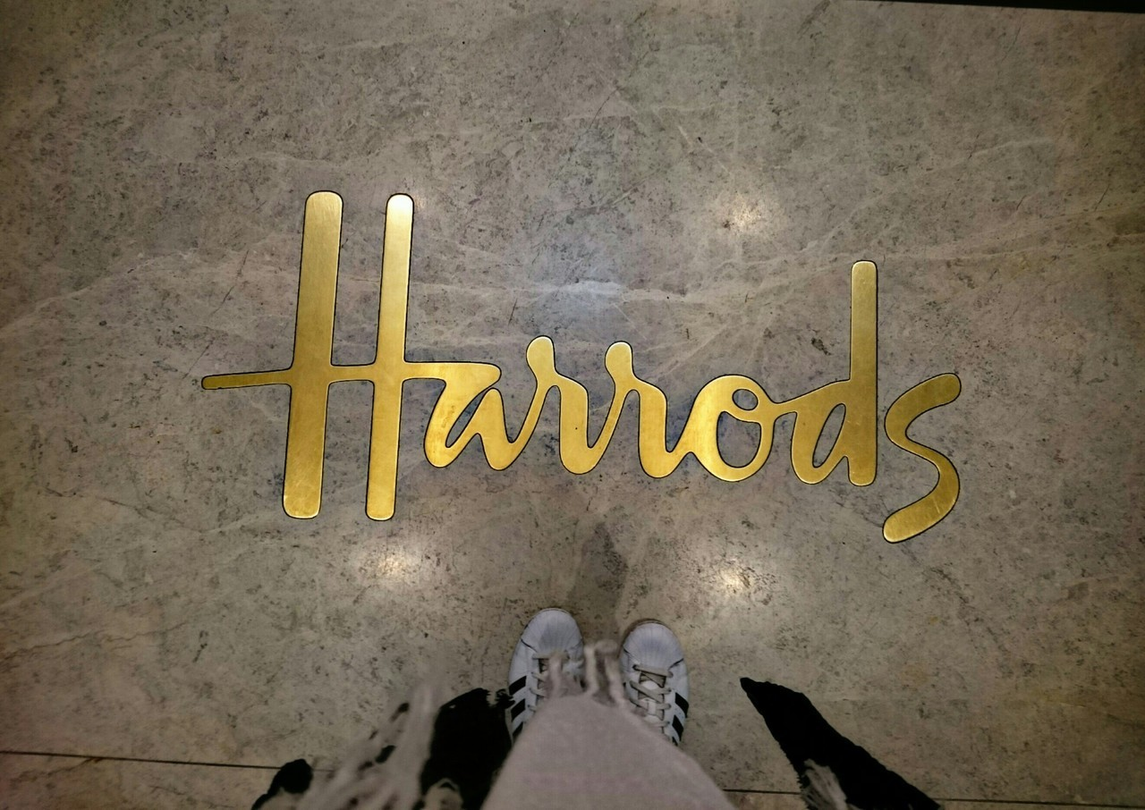 day, harrods, and london image