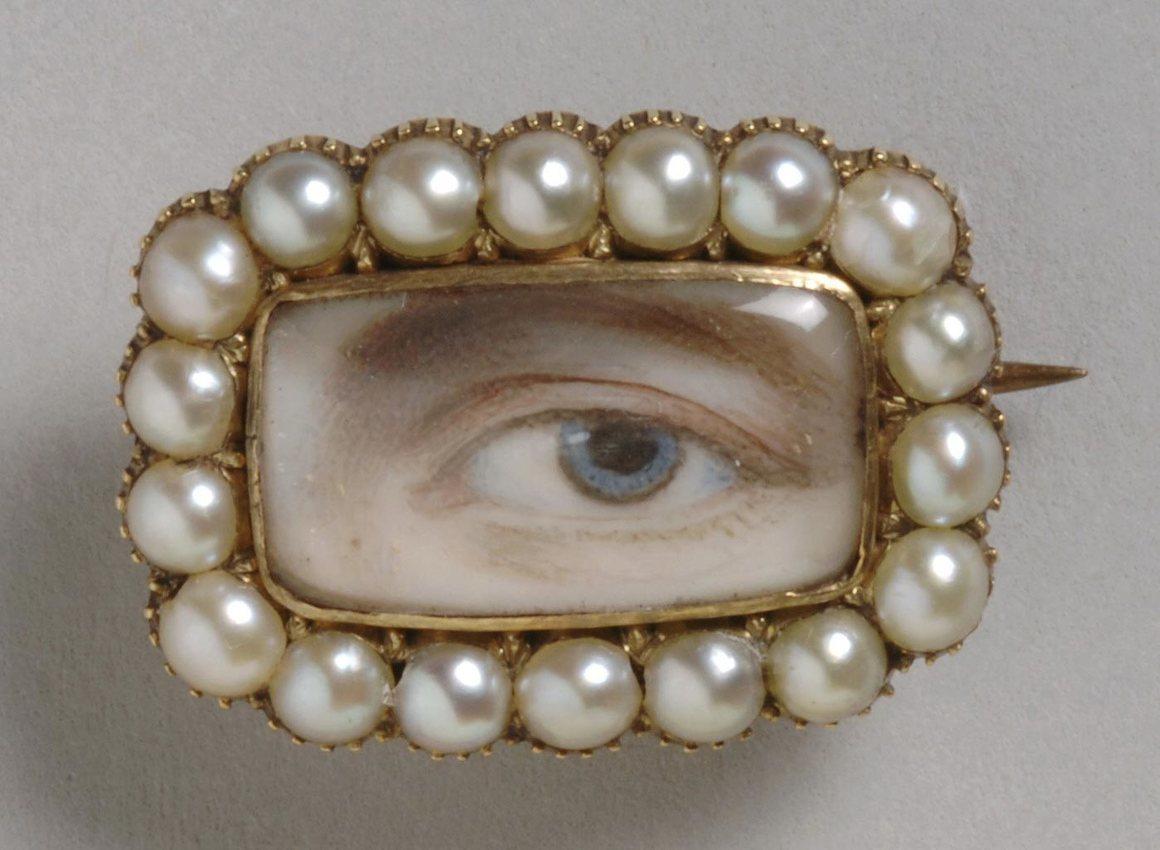 antique, brooch, and vintage image