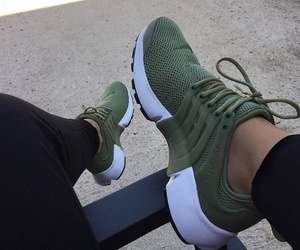 shoes, green, and nike image