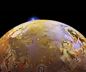 io  and jupter image