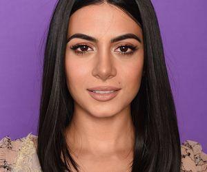 black hair, brown eyes, and emeraude tobia image