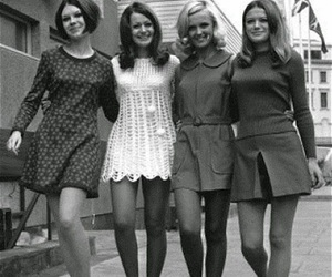 vintage, 60s, and friends image