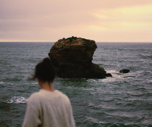 girl, ocean, and aesthetic image