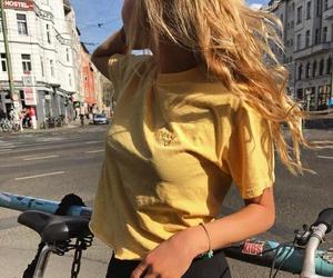 girl, fashion, and carefree image