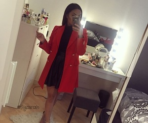 clothes, rouge, and tenue image