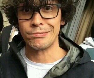 bob morley, the 100, and actor image