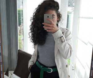curly, mirror selfie, and stylé image