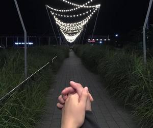 hands, cute, and couple image