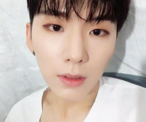 korean boy, kihyun, and monsta x image