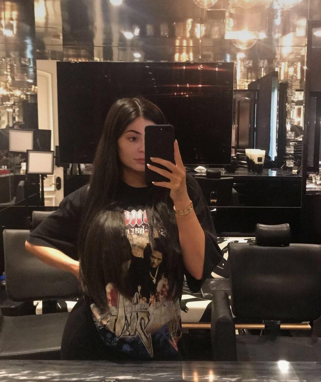 girly, long hair, and causal image