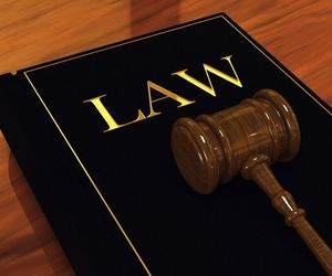 lawyers in vancouver and bc criminal lawyer image