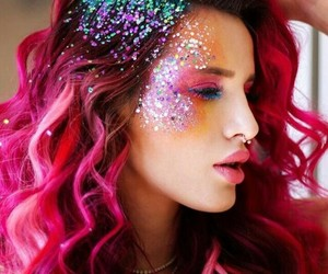bella thorne and pink hair image