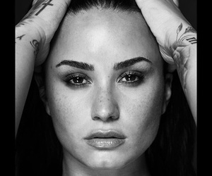 demi lovato, flawless, and lifesaver image