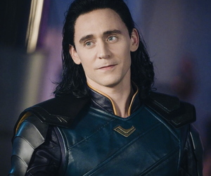 loki, Marvel, and tom hiddleston image