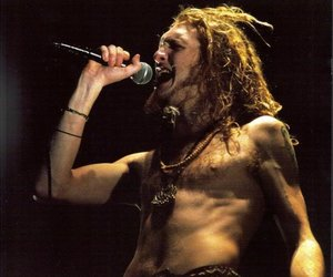 layne staley, alice in chains, and 90s image