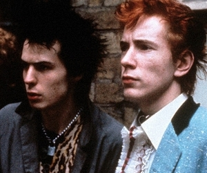 sex pistols, johnny rotten, and sid vicious image