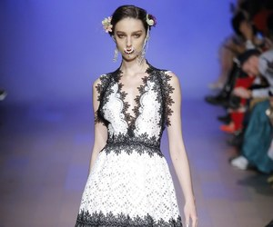 fashion and naeem khan image