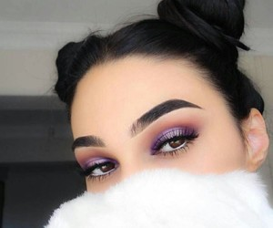 eye makeup, beauty brunette, and beautiful pretty image
