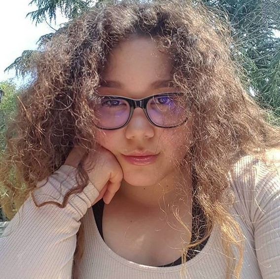 article, body positive, and curly hair image
