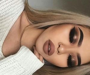 beauty, eyeliner, and eyebrows image