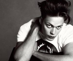 bill skarsgård, Hot, and pennywise image