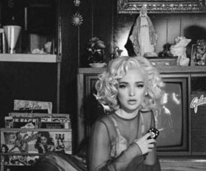 dove cameron, vintage, and Marilyn Monroe image