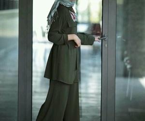 hijab and hijab+fashion+ image