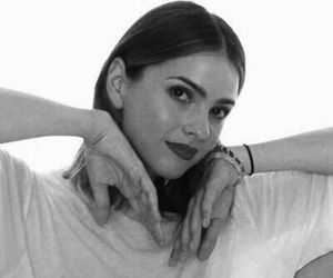 icon and shelley hennig image