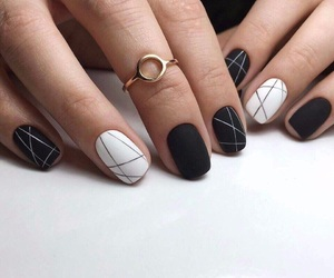 nails and ногти image