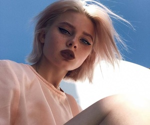 girl, aesthetic, and makeup image