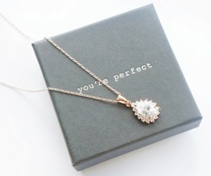 necklace, jewelry, and perfect image