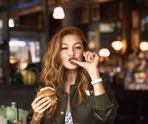 gigi hadid, model, and food image