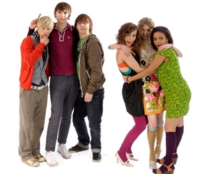 skins, jal, and maxxie image