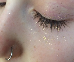 aesthetic, eyes, and glitter image