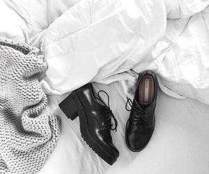 shoes, fashion, and minimal image