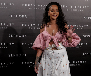 rihanna, beauty, and pink image