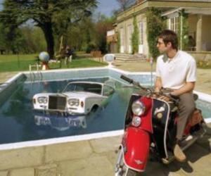 liam gallagher, oasis, and be here now image