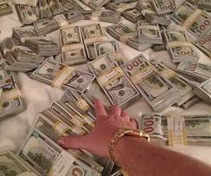 money, luxury, and dollars image