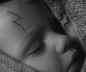 baby and harry potter image
