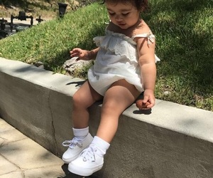 ace family and elle lively mcbroom image