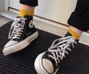 converse, black, and grunge image